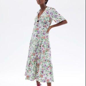 Zara floral midi dress with cutout. New
